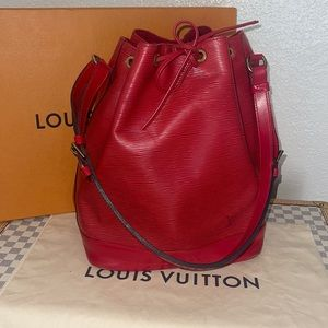 Authentic Louis Vuitton crimson red epi noe GM shoulder hobo tote bag.